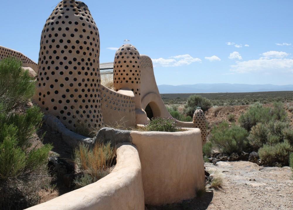Earthship, Taos, New Mexico, USA